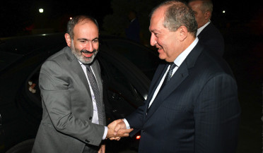 Nikol Pashinyan meets President Sarkissian