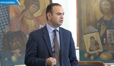 Zareh Sinanyan continues his meetings in Moscow