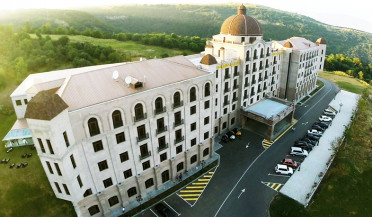 Luxurious Tsakhkadzor Hotel to be donated to state