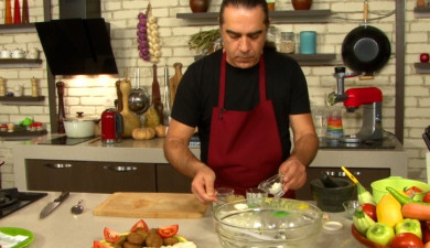 Let's Cook Together: Falafel